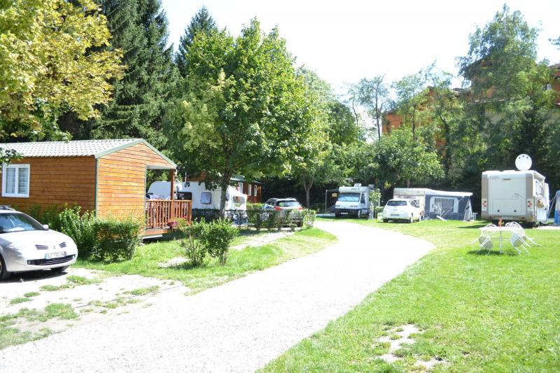 Le camping 3 toiles marie france aigueblanche la for Aigueblanche piscine